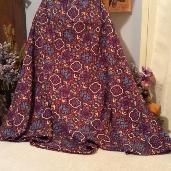 Lularoe Dresses & Skirts - Lularoe skirt